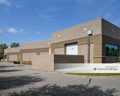 Prairie Oaks Corporate Center - Eden Prairie