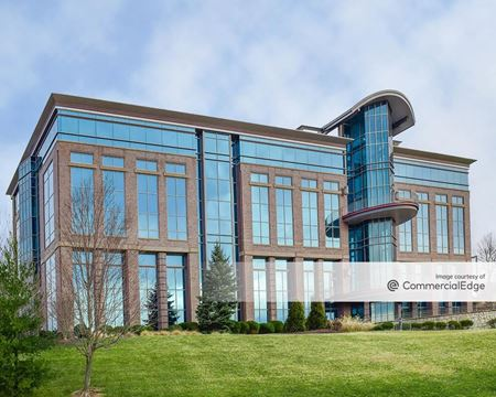 Southpointe Business Park - 370 Southpointe Blvd - Canonsburg