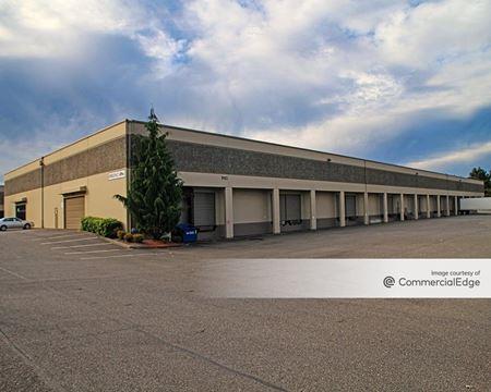 Lakewood Industrial Park - Lakewood