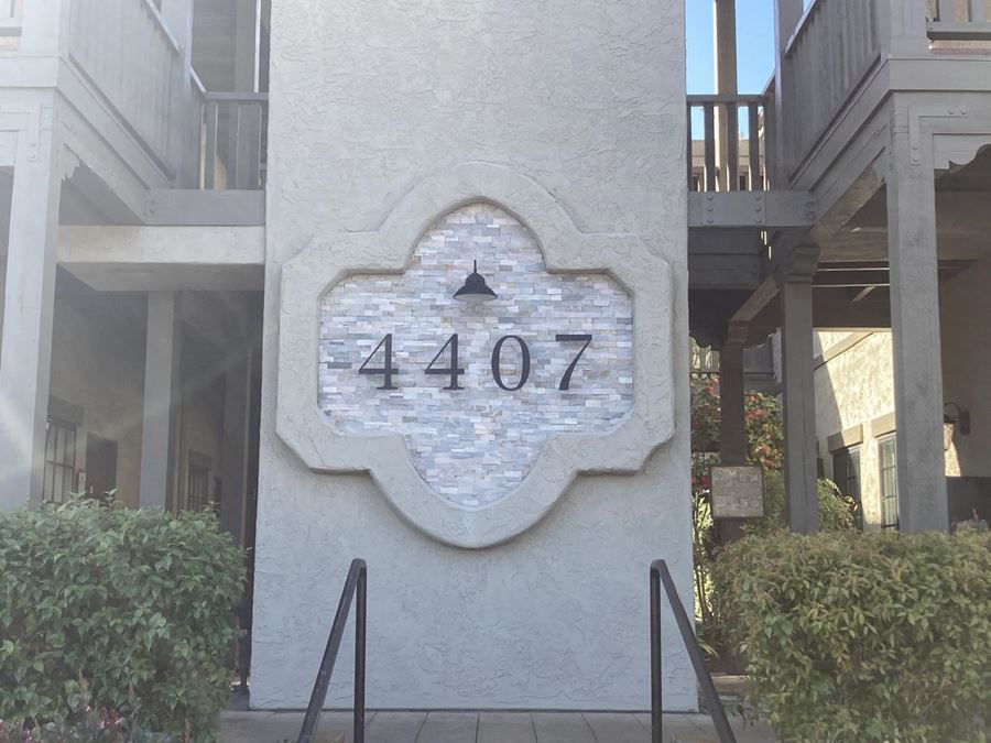 4407 Manchester Ave #104