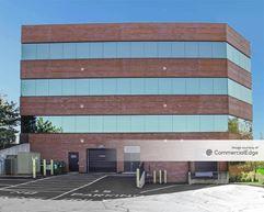 Riverwood Corporate Center I - Waukesha