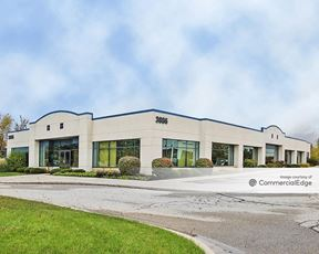 Airport Business Park - 3886 & 3940 Broadmoor Avenue SE