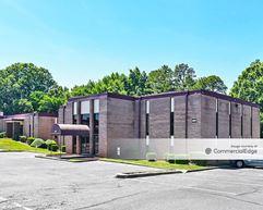 Albemarle Corporate Plaza - Charlotte