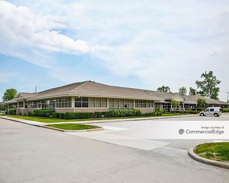Liberty Professional Center - Sterling Heights