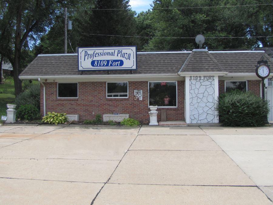 8109 Fort Street