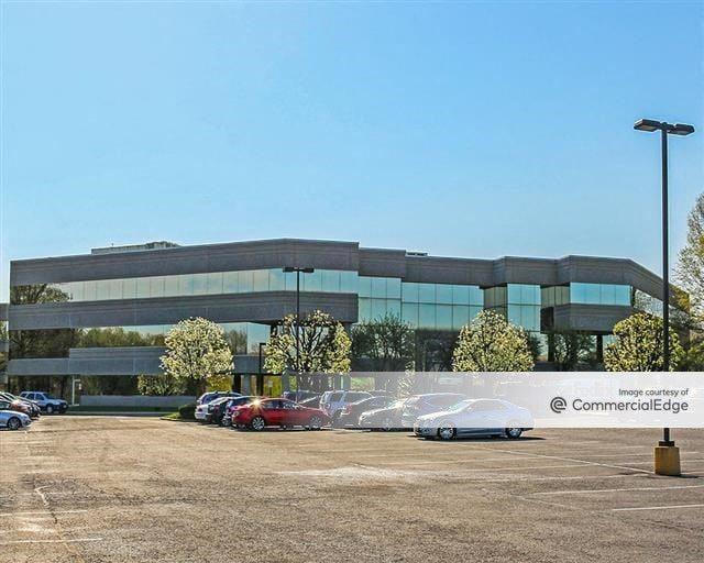Woodland Falls Corporate Park