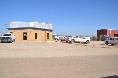 5,900 SF Industrial Building on 1.23 AC - Odessa