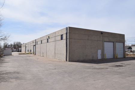 17,980 SF Off/Whse on 1.75 Acre Site - Denver