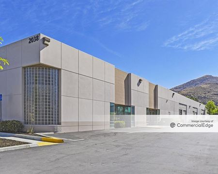Summit Business Center, Building A - Riverside