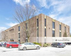 Meadowbrook Office Center III - Burr Ridge