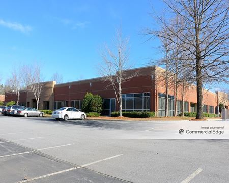 1255 Lakes Parkway - Buildings 100 & 200 - Lawrenceville