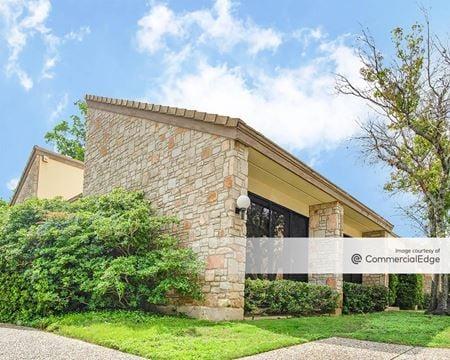 Sir Winston Office Complex - San Antonio
