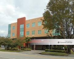 657 South Drive - Miami Springs