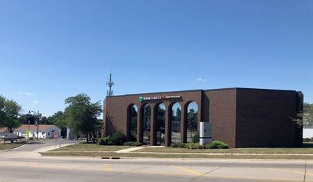 Bank of the West Building - Marion