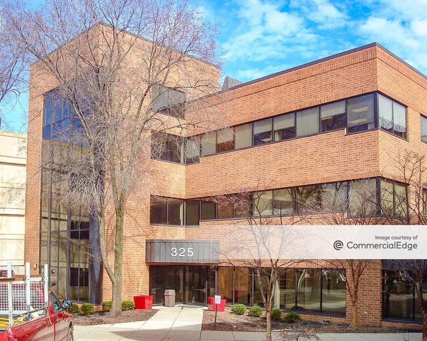 Sacred Heart Hospital - 325 Medical Building