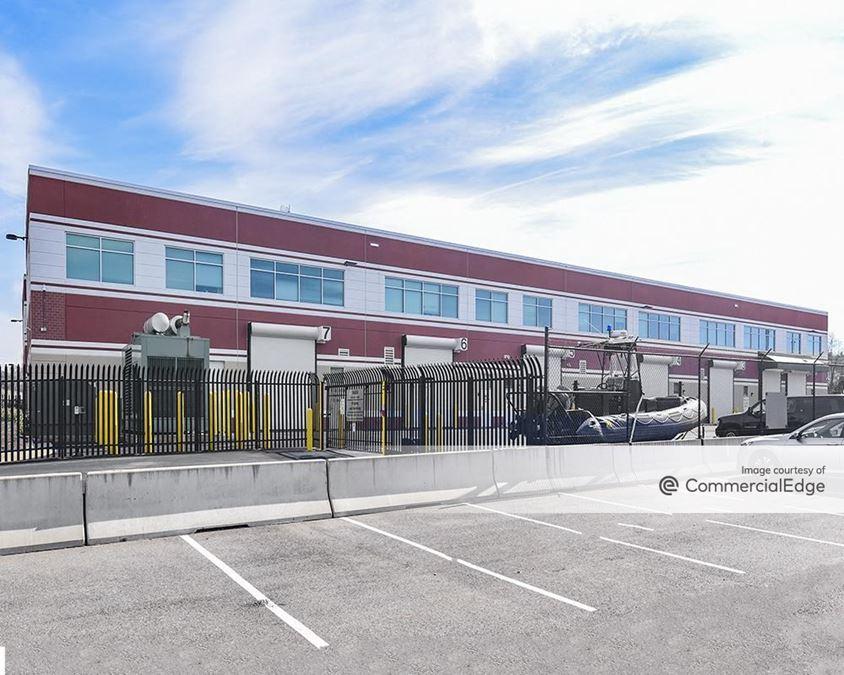 Gunston Commerce Center - Building 9