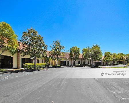 El Gato Bussiness Park - 120 & 130 Knowles Drive - Los Gatos