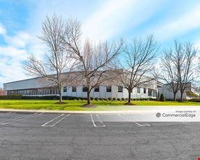 Windsor Corporate Center - 104 Windsor Center - East Windsor