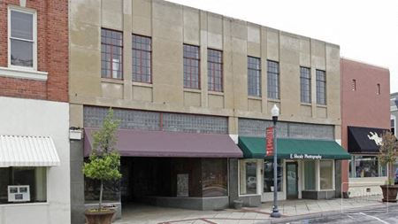2,600 SF retail space for lease in Downtown Clinton - Clinton