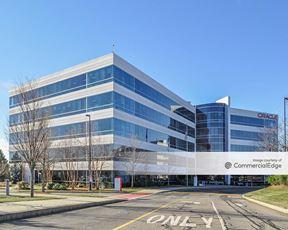 Oracle Campus - 8 & 10 Van de Graaff Drive