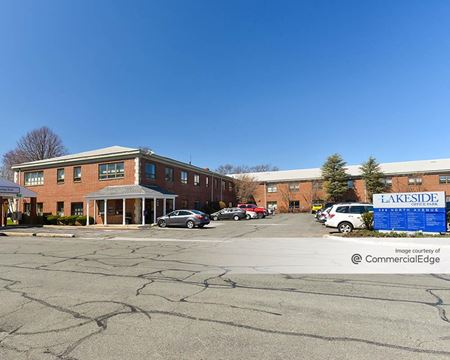 Lakeside Office Park - 599 North Avenue - Wakefield