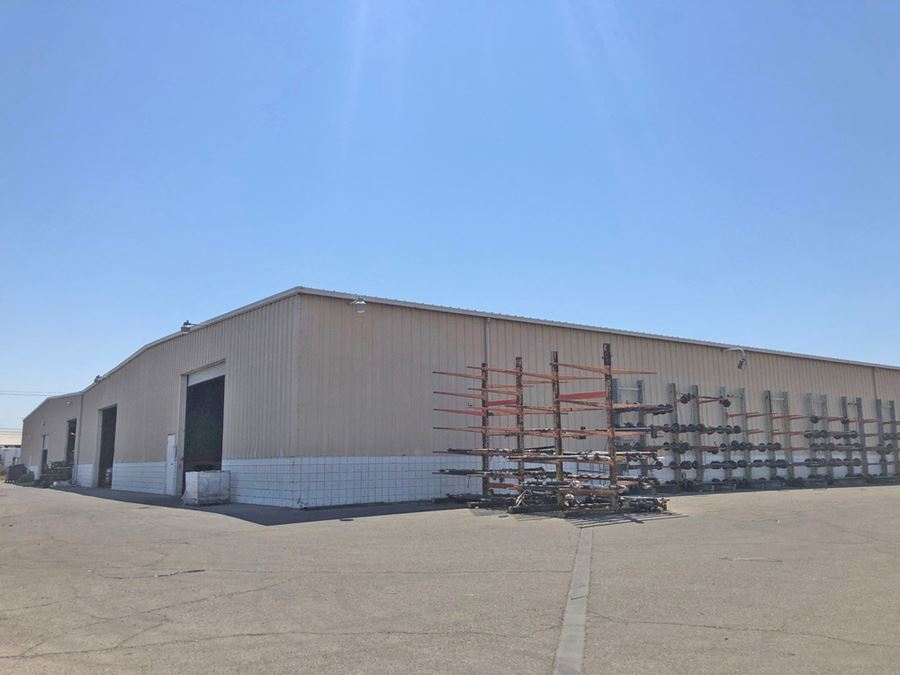 Freestanding ±27,400 SF Industrial Building - HWY-99 Exposure