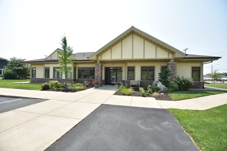 4130 Breton Rd SE - Grand Rapids