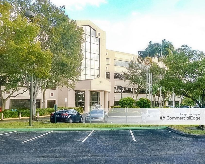 Plantation Corporate Center II