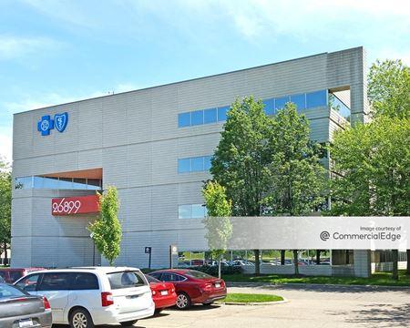 Omni Office Centre - 26899 Northwestern Hwy - Southfield