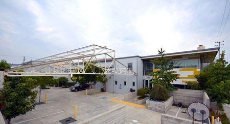 Light Industrial R&D Facility - 2629 7th Street Berkeley - Berkeley