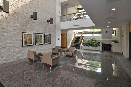 North Troy Corporate Park - 5600 - Troy