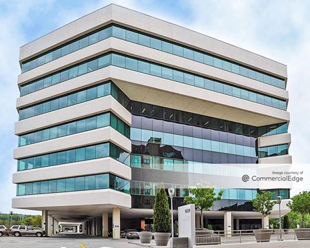 Merritt 7 Corporate Park - Building 601 - Norwalk