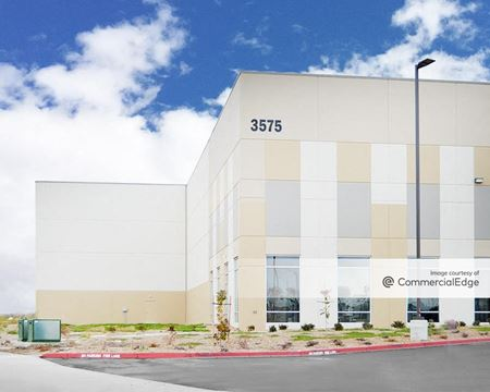 Southport Business Park - Building 1 - West Sacramento
