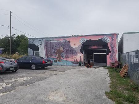 3,006 SF Warehouse Arts District Space - Saint Petersburg