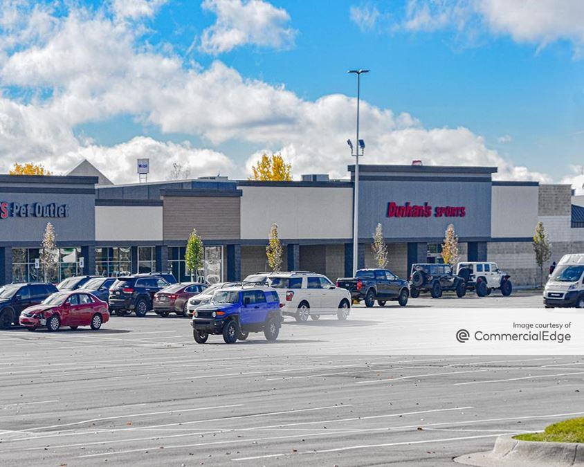 Silver Pointe Shopping Center