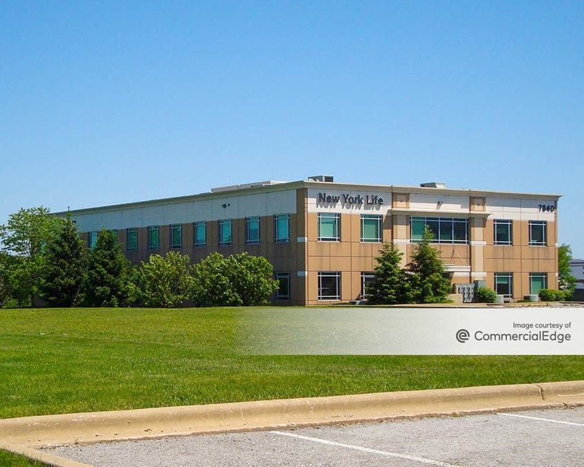 Vernon Office and Technology Center - 7840, 18660-18670 Graphics Drive & 7851 158th Street