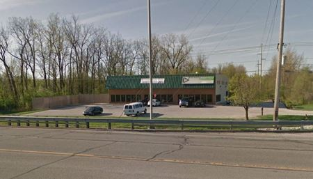 1615 W. Coliseum Blvd - Fort Wayne
