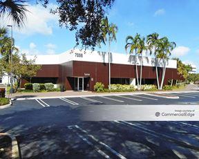 Airport Corporate Center - Miami