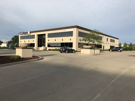 [Multiple Spaces] Lakewood Professional Office Building - Mandan