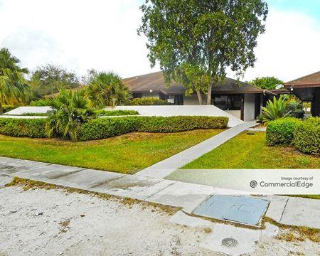 Oak Plaza Professional Center - Miami