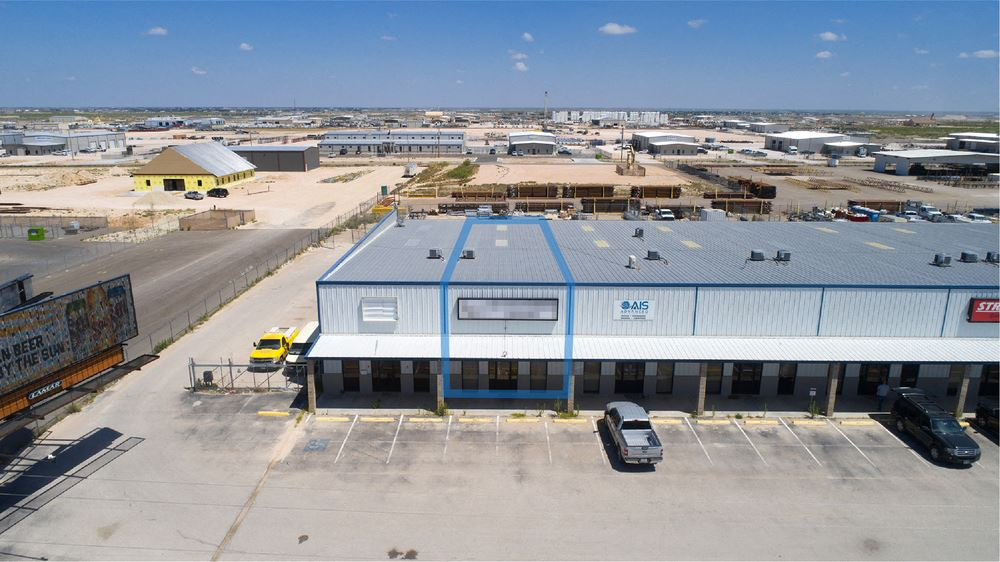 3,510 SF Suite with 191 Frontage