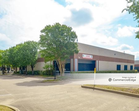 10501 & 10515 Markison Road & 10410 & 10490 Vista Park Road - Dallas