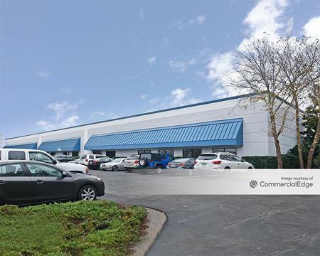 Sumner Business Park - 6521 Meridien Drive - Raleigh