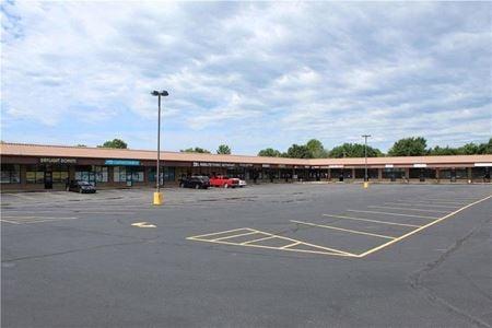 407-411 W Centerton Blvd - Centerton, AR - Centerton