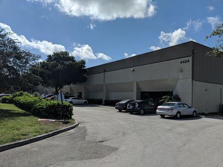 4424 Seaboard Road - Orlando