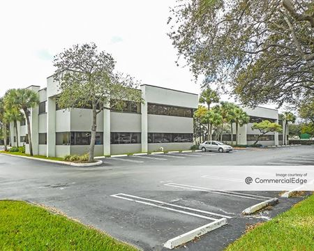 Fairway Corporate Center III - 14645 NW 77th Avenue - Miami Lakes