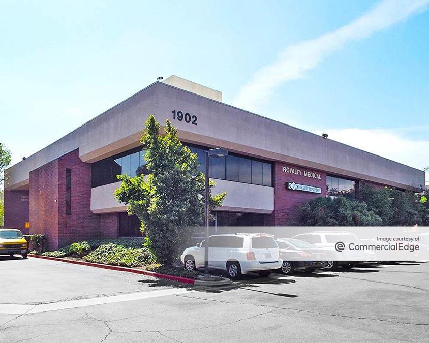 Royalty Drive Medical Plaza