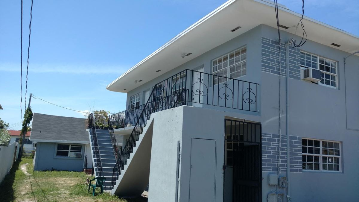 Multifamily 13 Units Fully Renovated