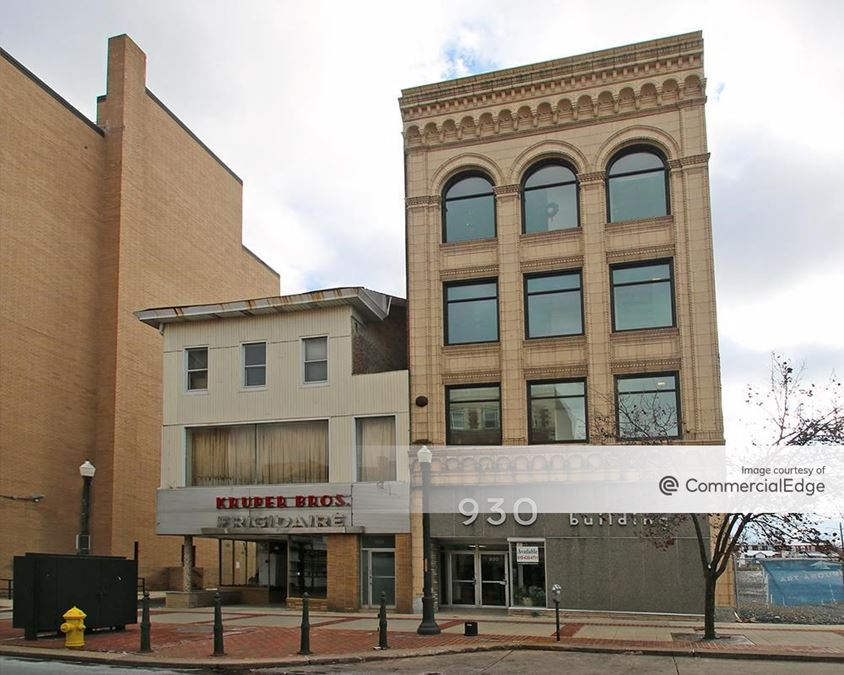 930 West Hamilton Street