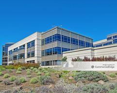 Britannia East Grand: Genentech Headquarters - South Campus - Building 42 - South San Francisco